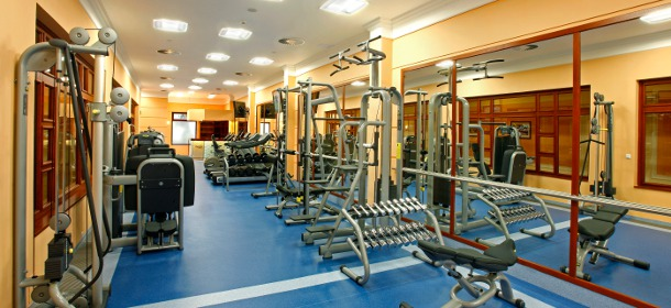 Moderner Danubius Premier Fitness Club direkt im Spa Resort